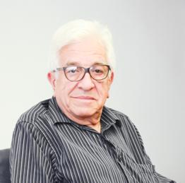 Victor Hugo Castro Araya (1939-2020)